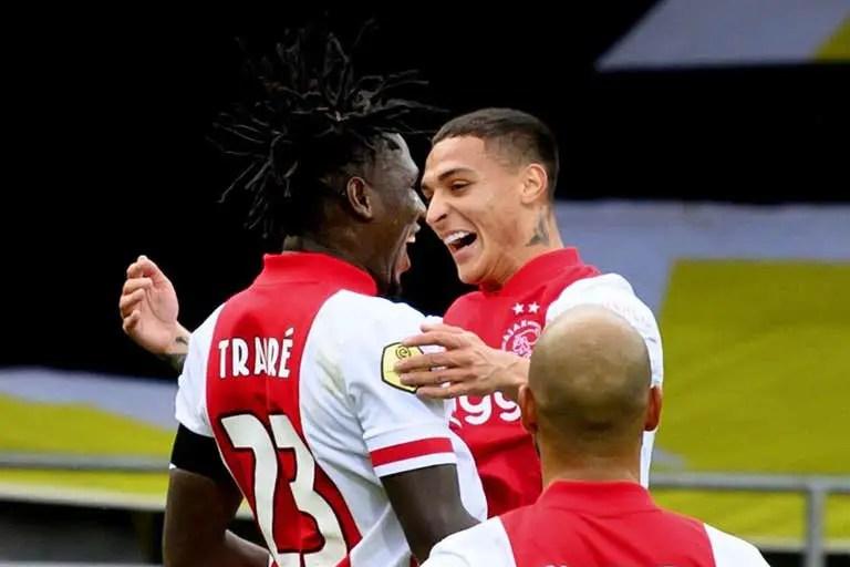 Eredivisie: Ajax Destroy Musa's Former Club VVV Venlo 13-0