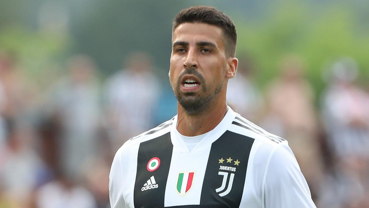 Khedira Set To Become Teammates With Iwobi As Everton Lead Spurs For German Star