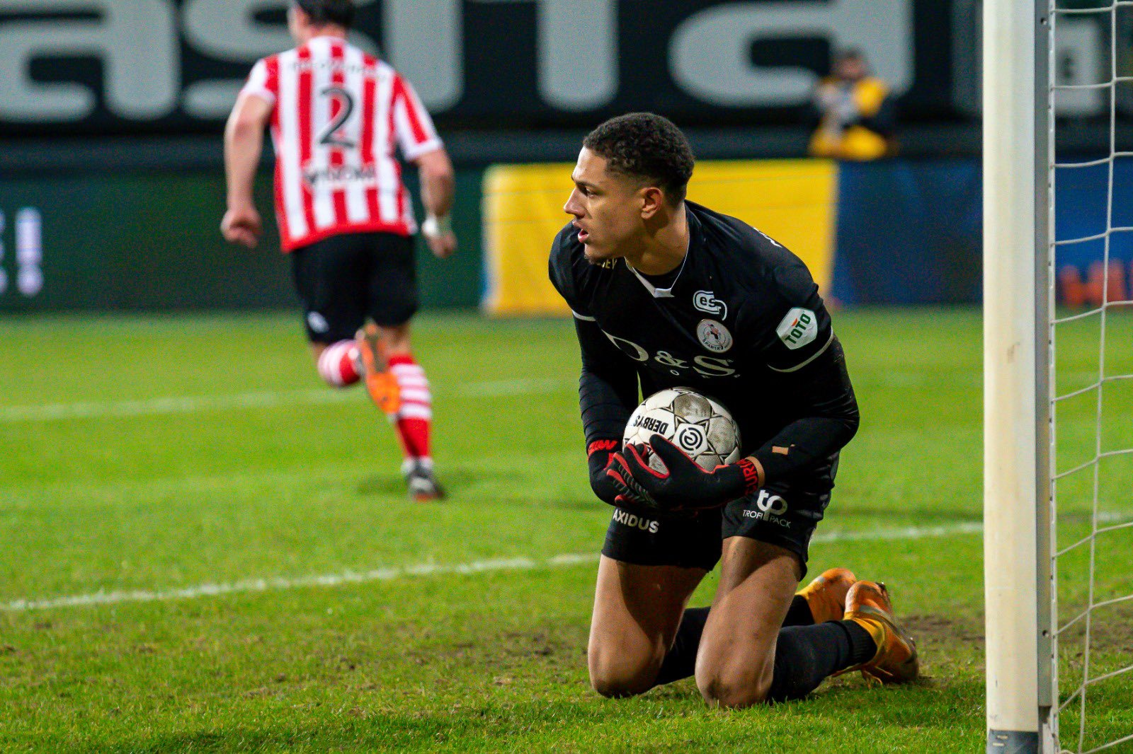 Sparta Rotterdam Celebrate Okoye  After Win Vs Fortuna Sittard