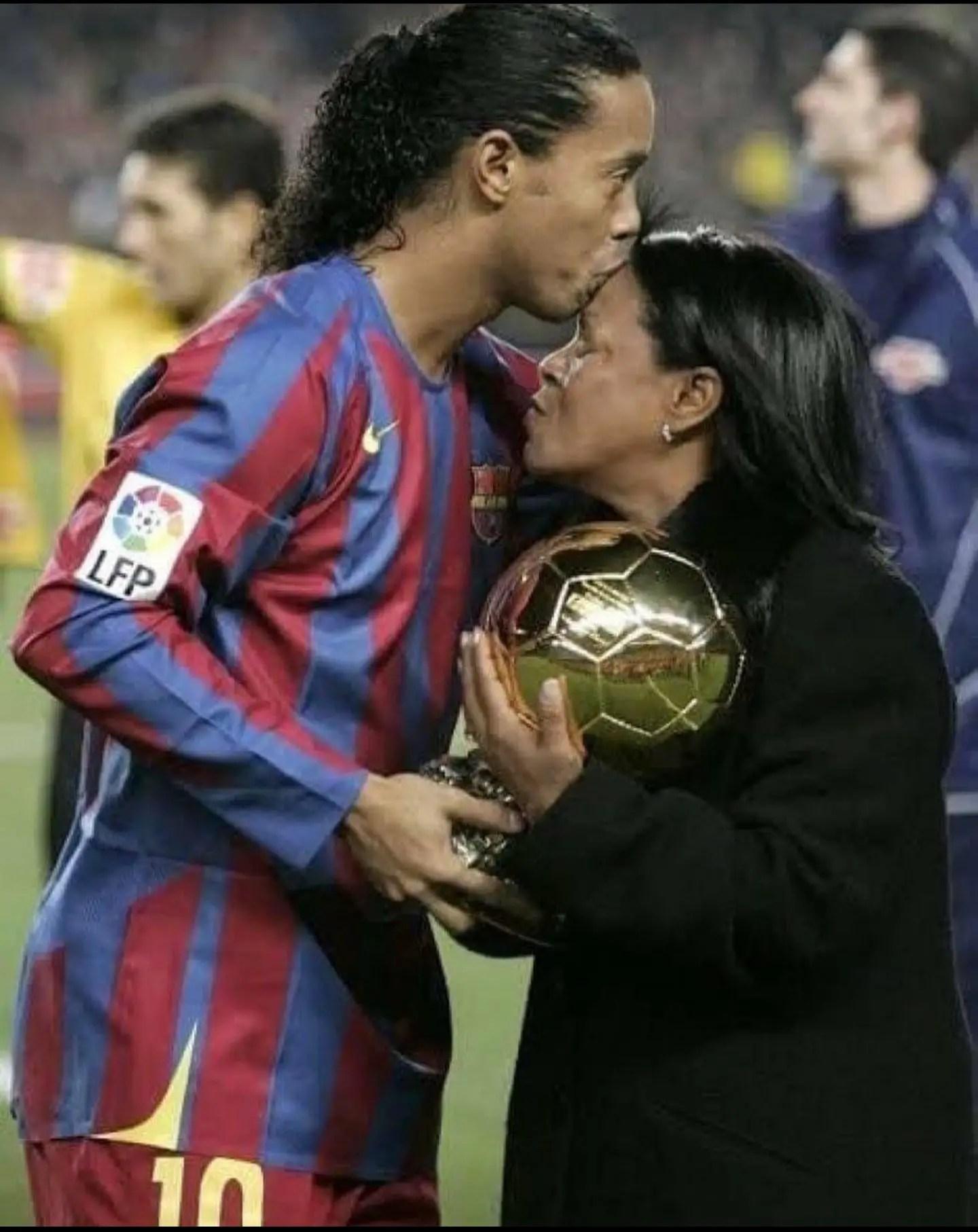 Ronaldinho's Mum Passes Away After Contracting Coronavirus