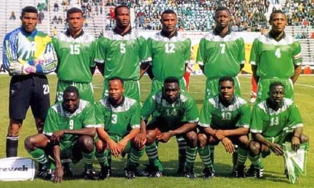 Jubilation  As President Buhari Allocates  Houses  To Super Eagles AFCON '94 Team