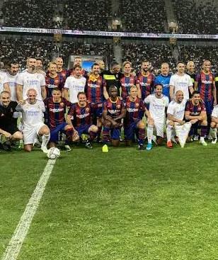 El Clasico: Ex-Eagles Star Okunowo, Ronaldinho, Roberto Carlos, Figo In Action As Madrid Legends Beat Barca Legends