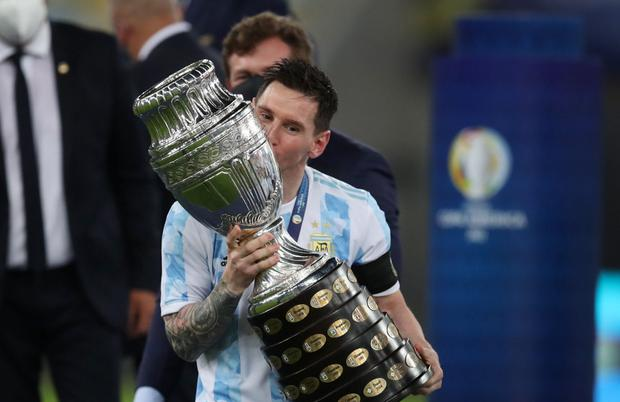 Porn Website Offers Barca $10m To Help Fund New Deal For Messi