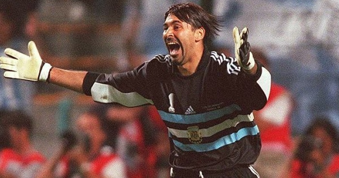 Argentina Goalkeeper Snubbed Man United Transfer Over Thought World Would End In 2000