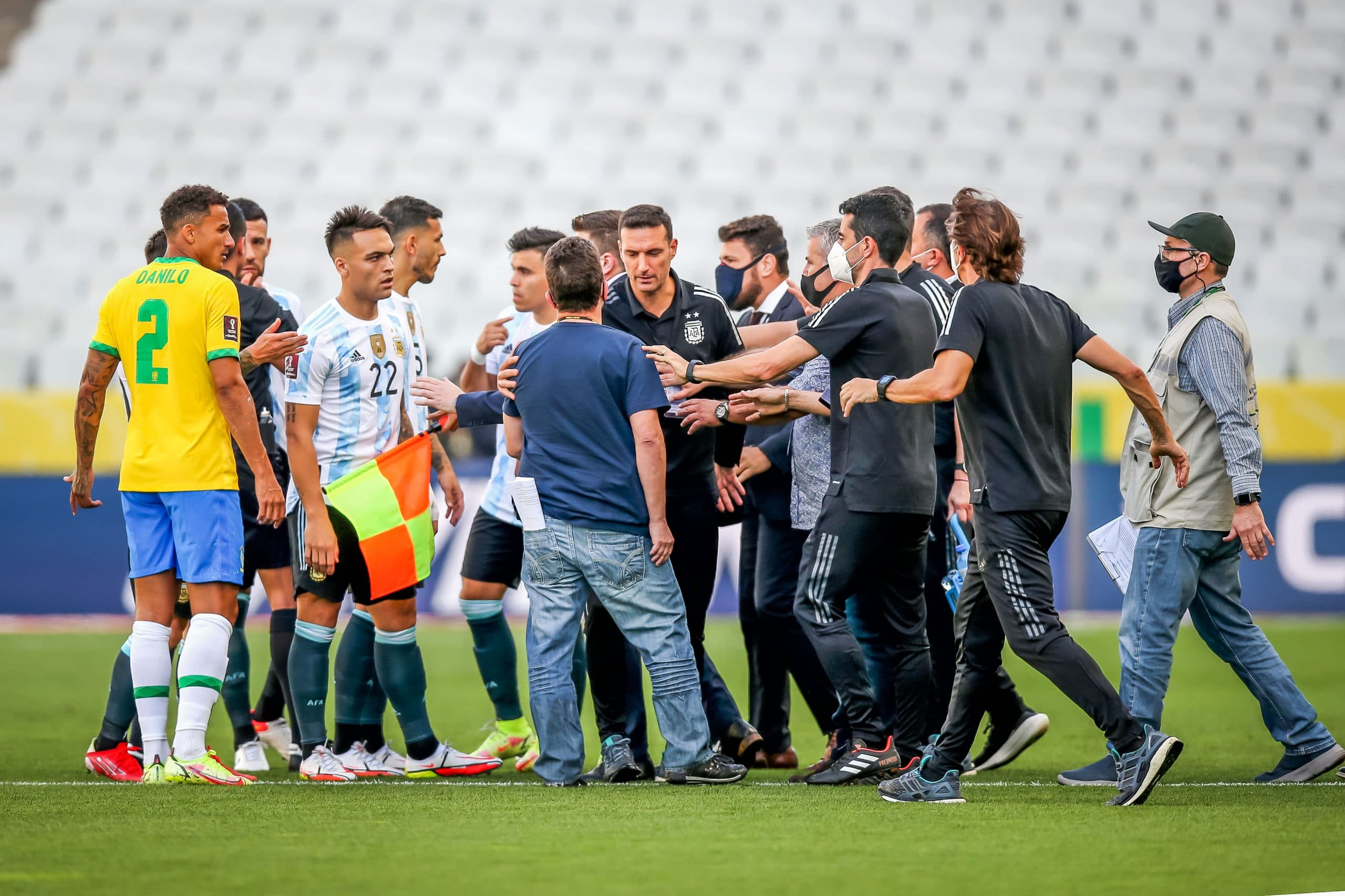 COVID-19: Brazil vs Argentina WCQ Suspended After Health Officials Storm Pitch To Remove Four Players