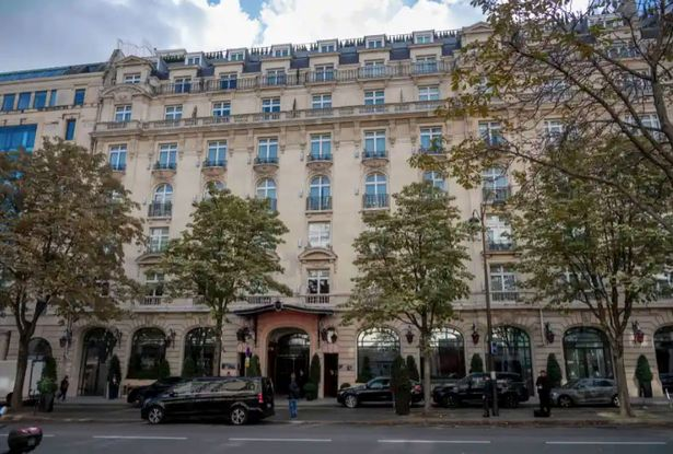 Messi's £17,000-a-night Paris Hotel Robbed
