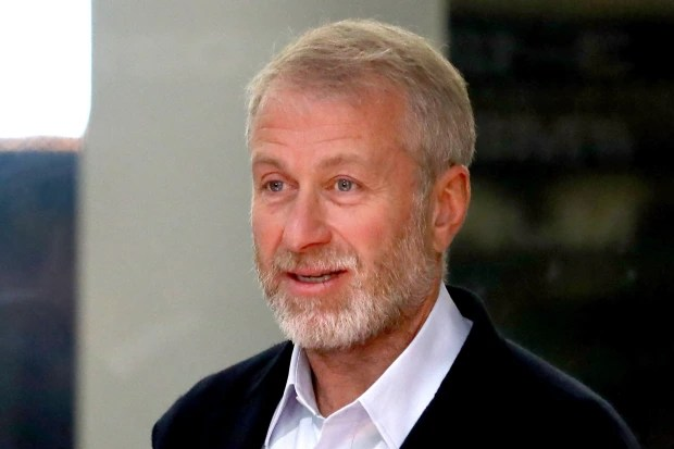 Chelsea Owner Abramovich Returns To UK For First Time In Three Years