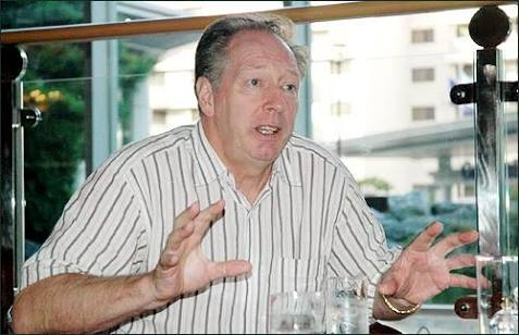 Jo Bonfrere: I Can Lead Super Eagles To 2017 AFCON, 2018 W/Cup