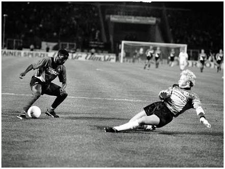 "Oliver Khan ""Still Dizzy"" From 1993 Okocha Wonder Goal"