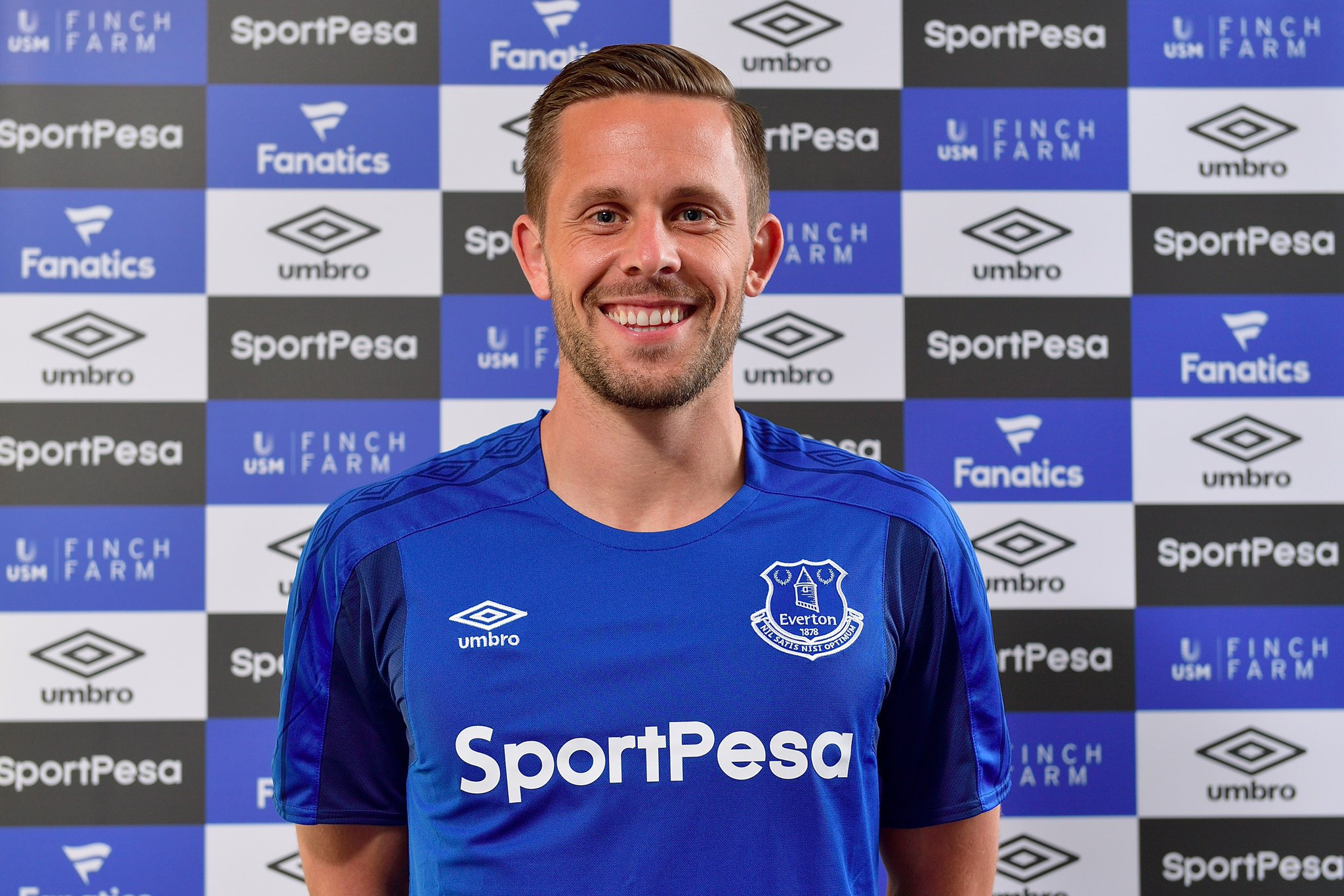 Everton Sign Swansea Midfielder Gylfi Sigurdsson in £45m Deal