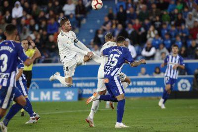football-deportivo-alves-real-madrid-estadio-de-mendizorrotza