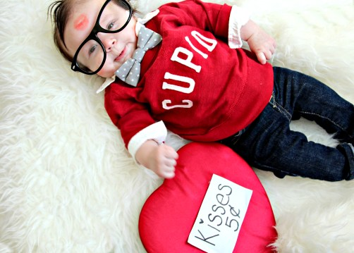 pucker up- glasses-vday