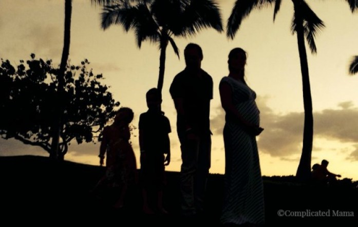 Complicated Mama Family Travel Hawaii Family Sunset Silhouette