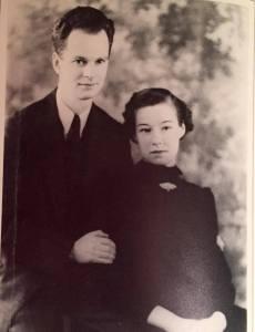 Skinner e Yvonne logo após o casamento.