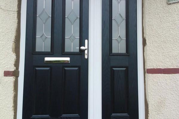 Black-2-Panel-2-Arch-Global-Composite-Door-8