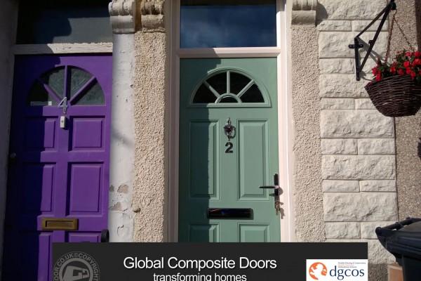 Chartwell-Green-4-Panel-1-Sunburst-Global-Composite-Door