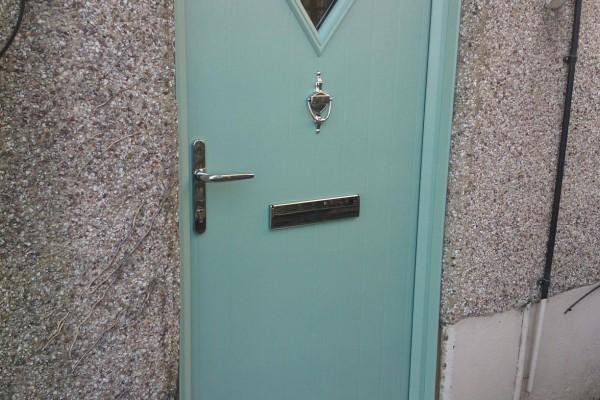 Chartwell-Green-Diamond-Global-Composite-Door-5