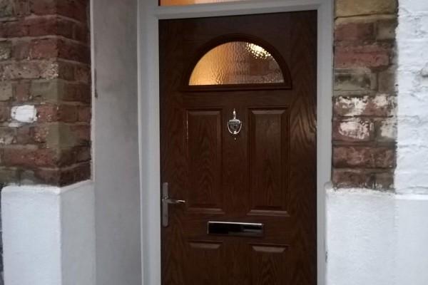 Dark-Wood-4-Panel-1-Arch-Global-Composite-Door