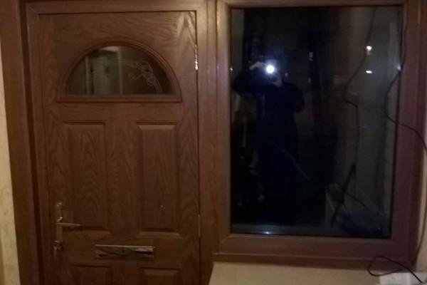 Dark-Wood-Inside-4-Panel-1-Arch-Global-Composite-Door