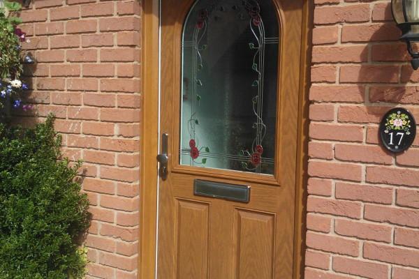 Light-Oak-2-Panel-1-Arch-Global-Composite-Door-2