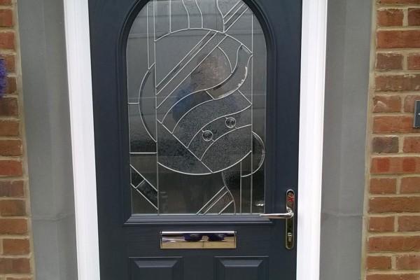 black-2-panel-1-arch-Global-Composite-Door
