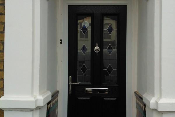 black-2-panel-2-angle-global-composite-door-top-box