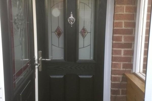 black-2-panel-2-arch-Global-Composite-Door2