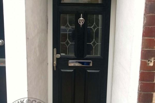 black-2-panel-2-square-1-arch-global-composite-door2