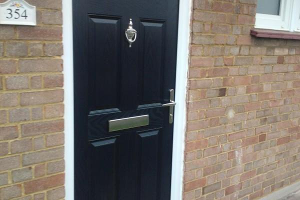 black-6-panel-global-composite-door2 2
