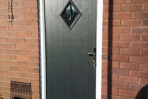 black-diamond-global-composite-door