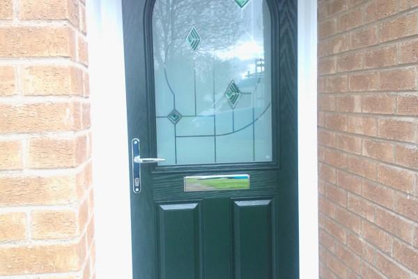 green-2-panel-1-arch-global-composite-door