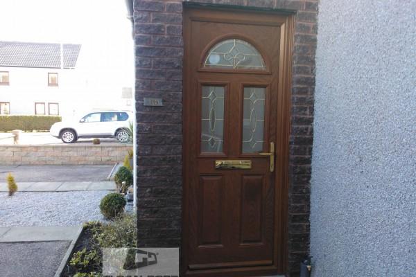 oak 2 panel 2 sqaure 1 arch Composite Door