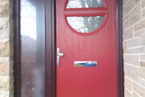 red-circle-global-composite-door 2