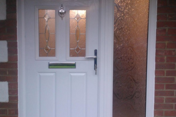 white-2-panel-2-square-1-arch-global-composite-door 2