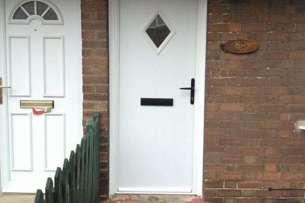 white-diamond-global-composite-door-2