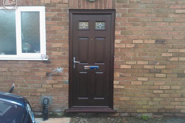woodgrain-4-panel-2-square-global-composite-door