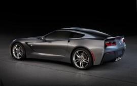 2014-Chevrolet-Corvette-002
