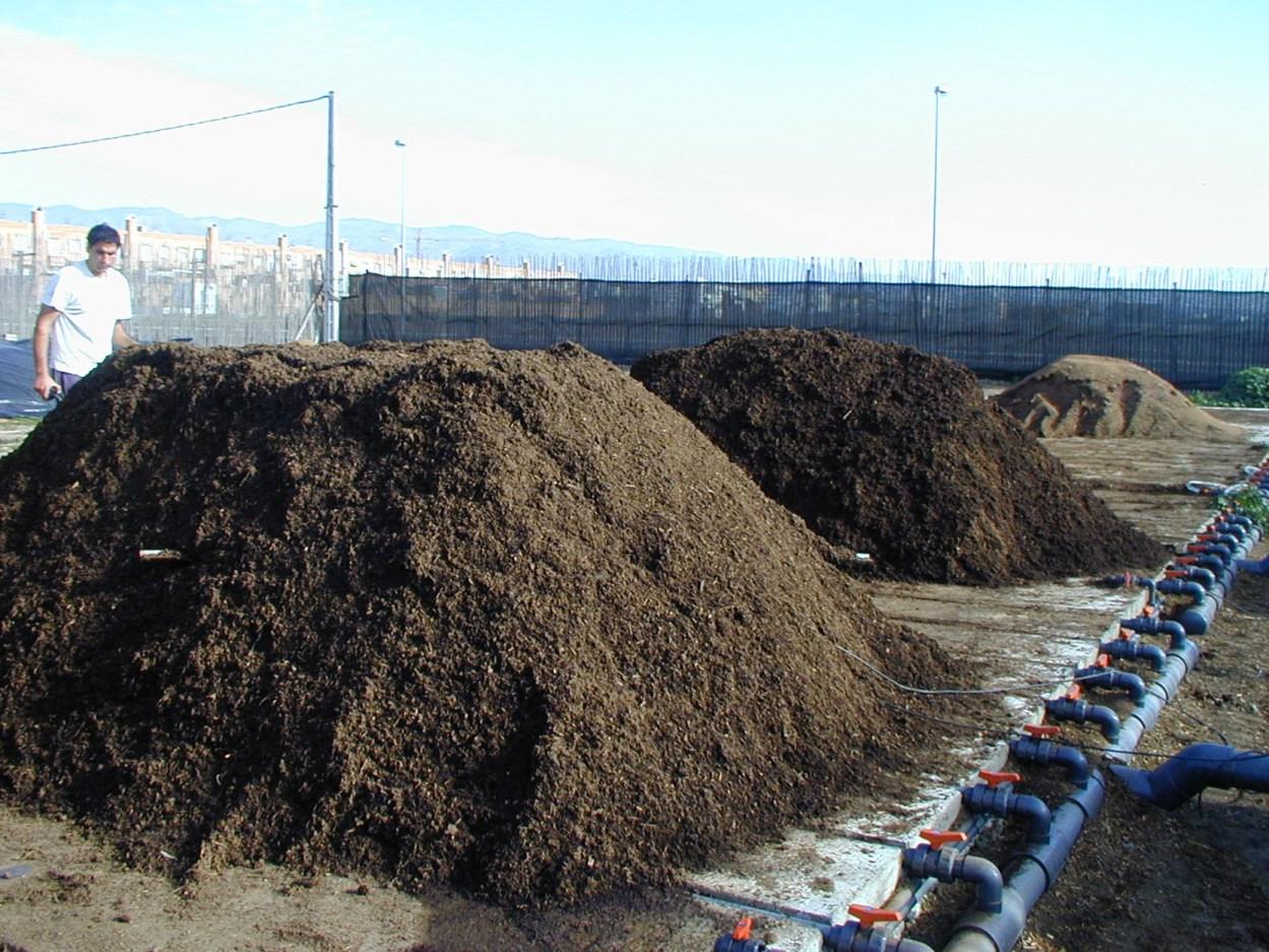 Pilas de compostaje