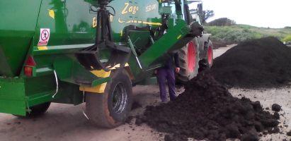 El tamaño de partícula y homogeneización de residuos es fundamental para el compostaje