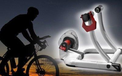 Rodillo de entrenamiento para bicicleta Elite Qubo Fluid
