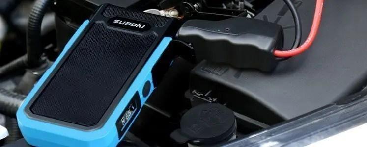 Arrancar un coche con SUAOKI U10. Una potente batería recargable con puertos USB
