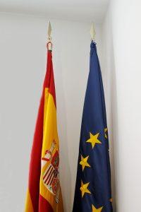 bandera mástil despacho