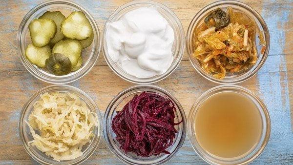 Más allá del yogur: 6 alimentos ricos en probióticos para cuidar la salud