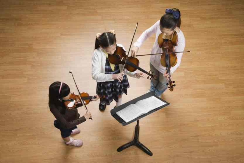 Es importante elegir el tamaño de violín adecuado