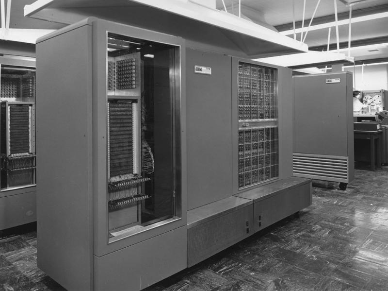 Bildergebnis für IBM 704