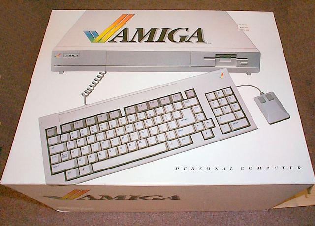 amiga 1000 in box