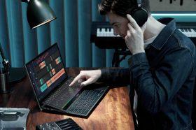 華碩雙螢幕筆電ZenBook Pro Duo 15升級OLED螢幕登場