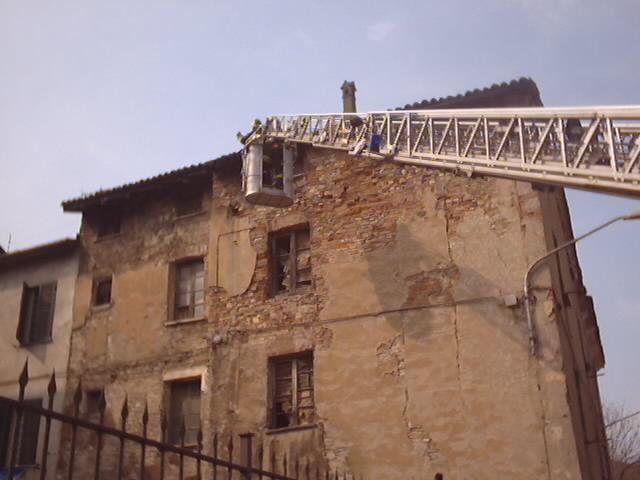 Sisma Aprile 2004