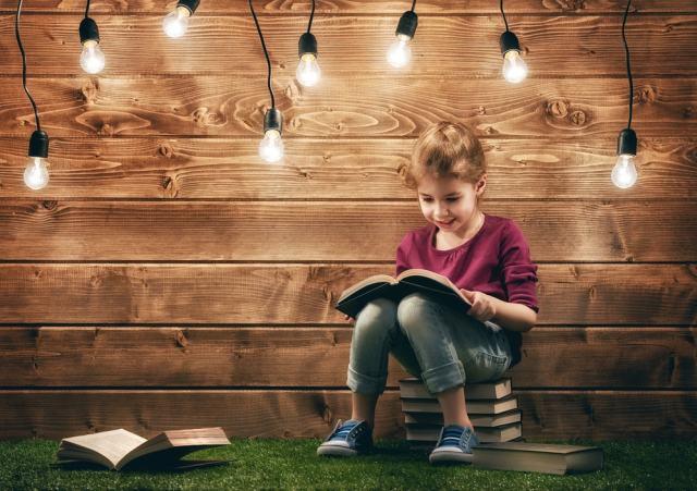 El hogar, la escuela y la biblioteca son muy importantes para adquirir el gusto por la lectura