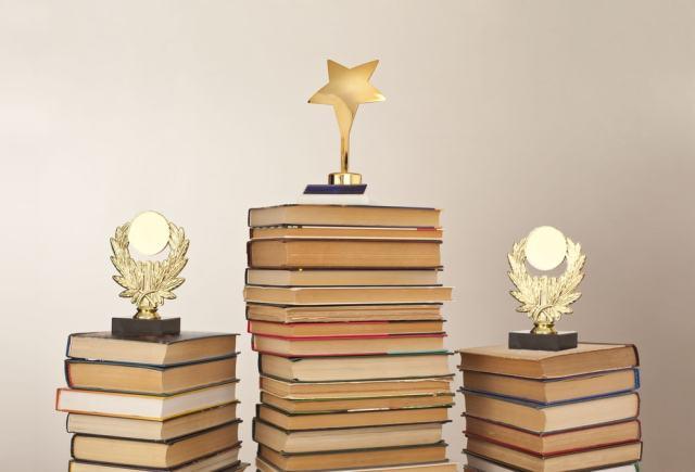 Las 10 categorías destacadas de los mejores libros del 2016